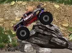 CURSE MONSTER TRUCK IN JUNGLA